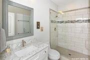 Craftsman Style House Plan - 4 Beds 3 Baths 2331 Sq/Ft Plan #929-978 Interior - Bathroom