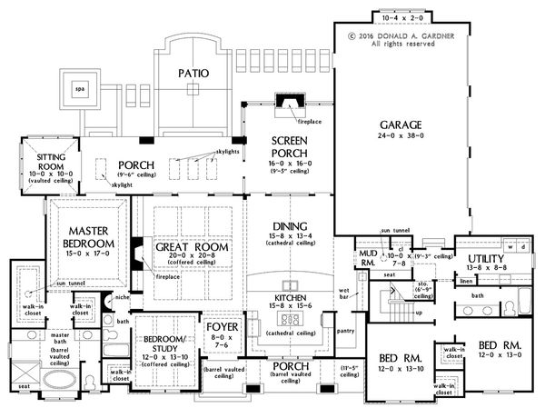 European Floor Plan - Main Floor Plan Plan #929-1023