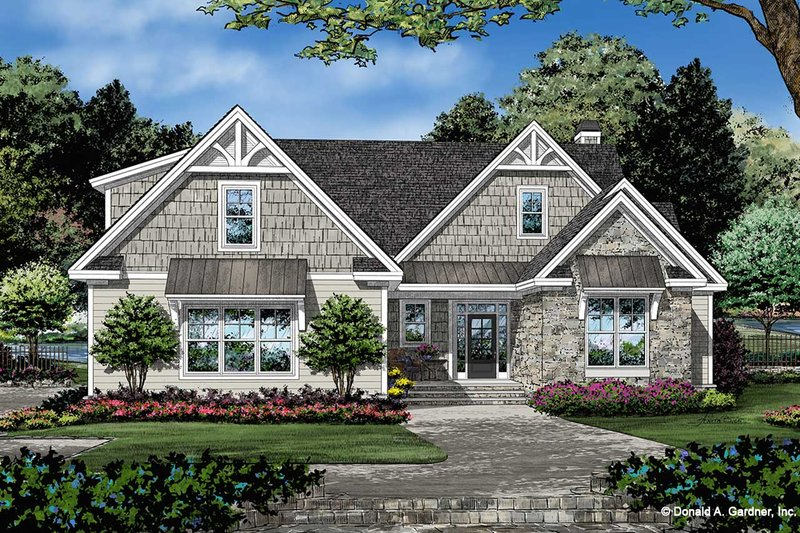 Craftsman Style House Plan - 3 Beds 2 Baths 2134 Sq/Ft Plan #929-1112 Exterior - Front Elevation