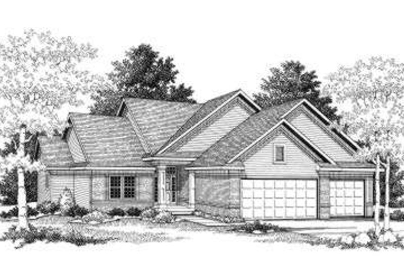 Traditional Exterior - Front Elevation Plan #70-775 - Houseplans.com