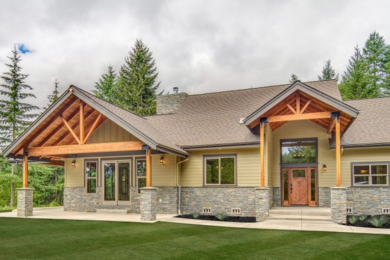 House Plan Design - Craftsman Exterior - Front Elevation Plan #124-988
