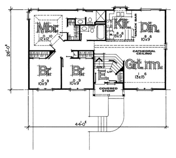 House Plan Design - Traditional Floor Plan - Main Floor Plan #20-134