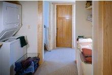 Contemporary Interior - Laundry Plan #454-3