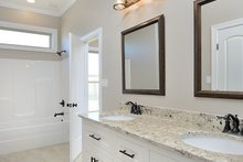 Tudor Interior - Bathroom Plan #45-372