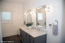 Classical Interior - Master Bathroom Plan #929-506