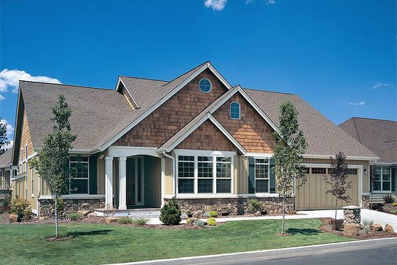 Craftsman style home, elevation
