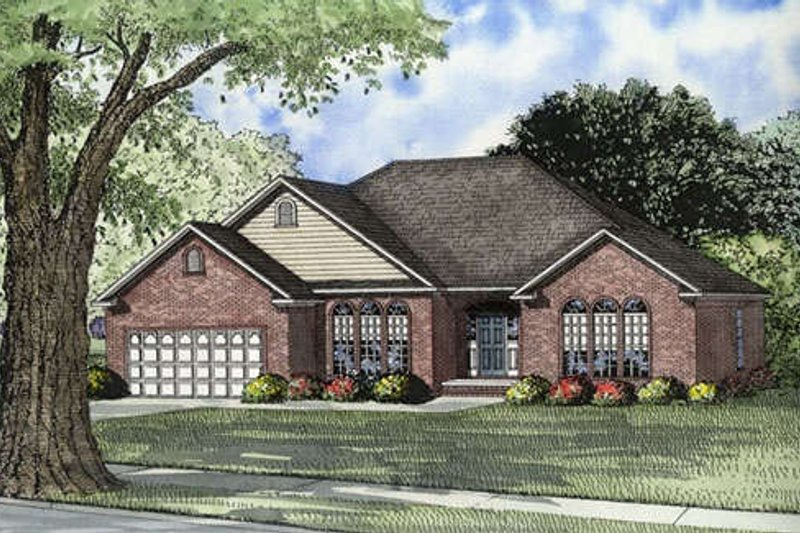 Traditional Style House Plan - 4 Beds 2 Baths 2050 Sq/Ft Plan #17-545 Exterior - Front Elevation