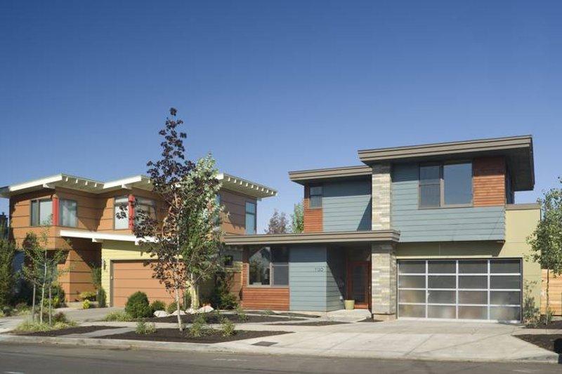 Home Plan - Modern Exterior - Front Elevation Plan #48-530