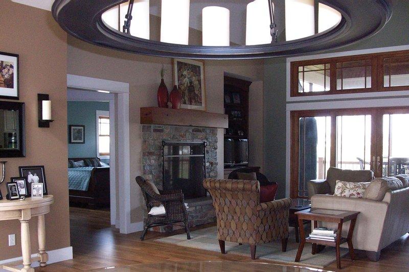 Craftsman Interior - Family Room Plan #927-2 - Houseplans.com