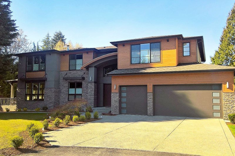 Contemporary Style House Plan - 4 Beds 5.5 Baths 4679 Sq/Ft Plan #1066-22 Exterior - Front Elevation