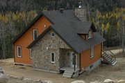Cottage Style House Plan - 3 Beds 2 Baths 1625 Sq/Ft Plan #23-2047