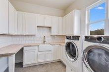 House Design - Craftsman Interior - Laundry Plan #430-179