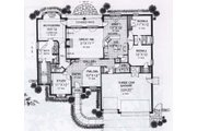 Traditional Style House Plan - 3 Beds 2.5 Baths 2385 Sq/Ft Plan #310-830 Floor Plan - Main Floor