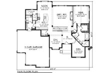 Traditional Floor Plan - Main Floor Plan Plan #70-1107