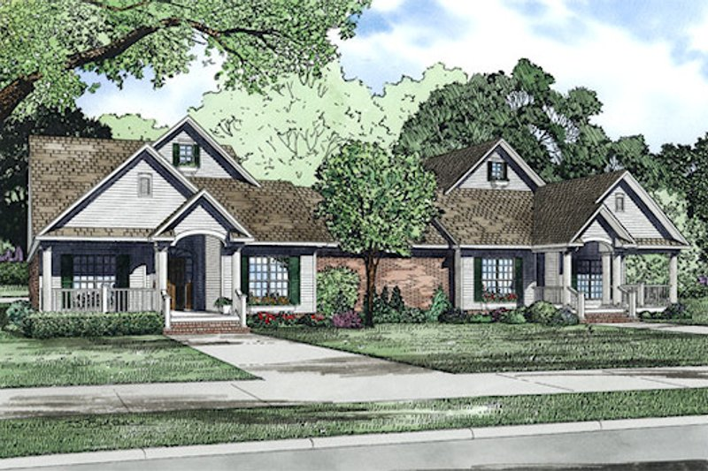 Traditional Exterior - Front Elevation Plan #17-2401 - Houseplans.com