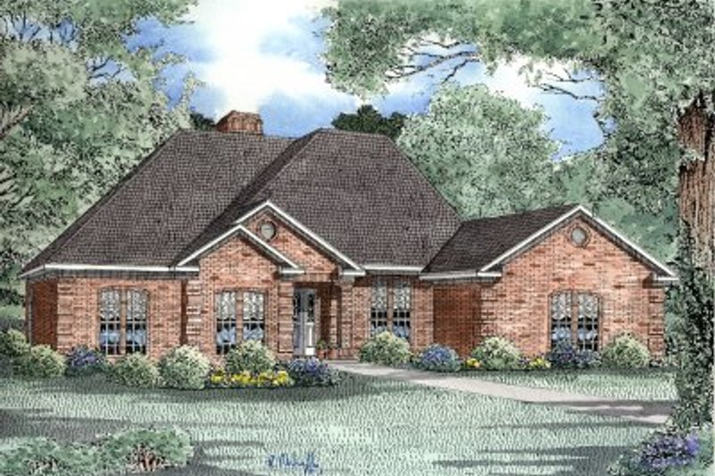 Traditional Style House Plan - 4 Beds 2.5 Baths 2537 Sq/Ft Plan #17-172