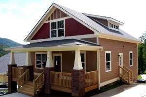 Craftsman Exterior - Front Elevation Plan #461-19