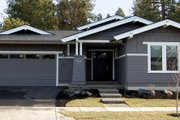 Craftsman Style House Plan - 3 Beds 2.5 Baths 1921 Sq/Ft Plan #895-26