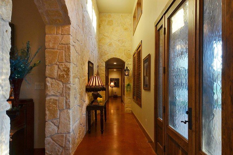 Ranch Interior - Other Plan #140-149 - Houseplans.com