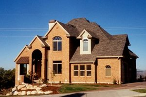 Home Plan Design - Traditional Exterior - Front Elevation Plan #5-186