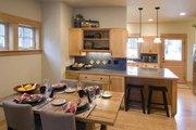 Craftsman Style House Plan - 3 Beds 2 Baths 1905 Sq/Ft Plan #461-31 Interior - Kitchen