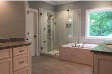 House Plan Design - Craftsman Interior - Master Bathroom Plan #437-64