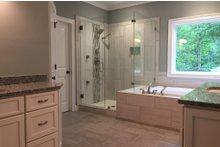 Craftsman Interior - Master Bathroom Plan #437-64
