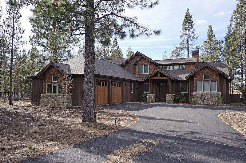 Home Plan - Craftsman Exterior - Front Elevation Plan #892-13