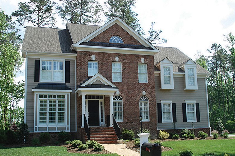 Classical Style House Plan - 4 Beds 2.5 Baths 2778 Sq/Ft Plan #927-595 Exterior - Front Elevation