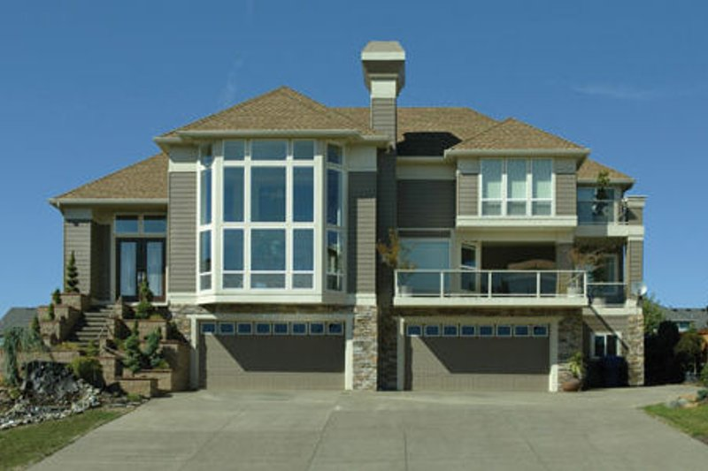 Prairie Style House Plan - 3 Beds 2 Baths 2672 Sq/Ft Plan #48-402 Exterior - Front Elevation