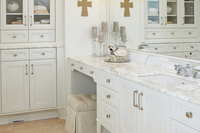 European Interior - Master Bathroom Plan #928-8 - Houseplans.com