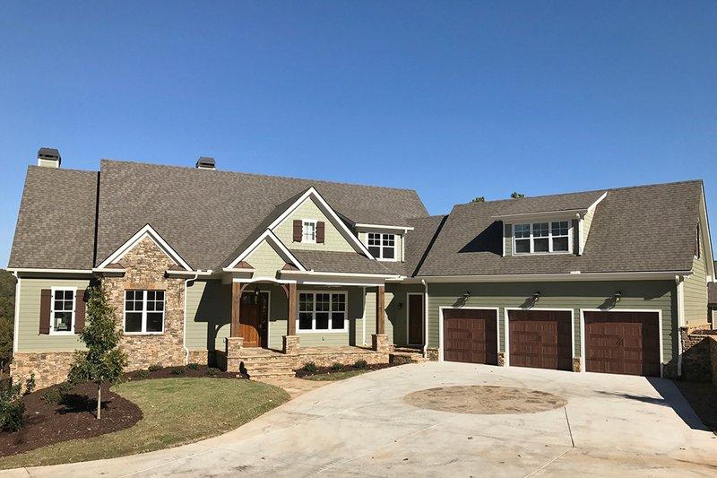 Dream House Plan - Craftsman Exterior - Front Elevation Plan #437-85