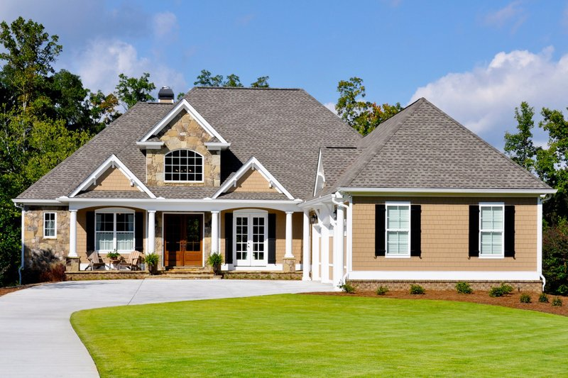 Craftsman Style House Plan - 3 Beds 2.5 Baths 2297 Sq/Ft Plan #437-61 Exterior - Front Elevation