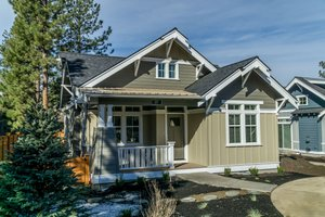 Craftsman Exterior - Front Elevation Plan #895-54