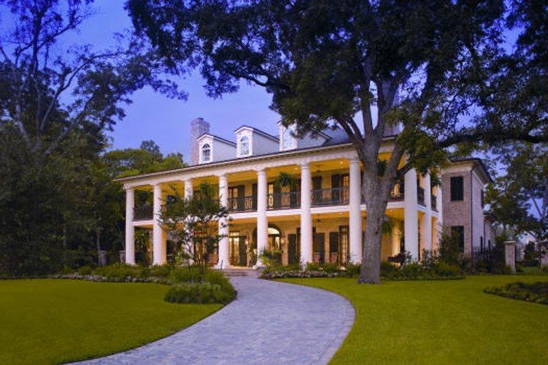 Southern Photo Plan #20-2143 - Houseplans.com