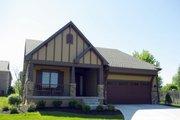 Craftsman Style House Plan - 4 Beds 3 Baths 2509 Sq/Ft Plan #20-2455
