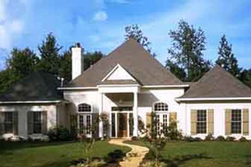 House Plan Design - European Exterior - Front Elevation Plan #45-135