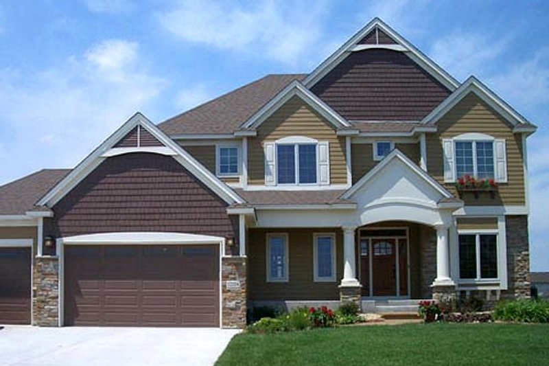 European Style House Plan - 4 Beds 2.5 Baths 2908 Sq/Ft Plan #320-502 Exterior - Front Elevation