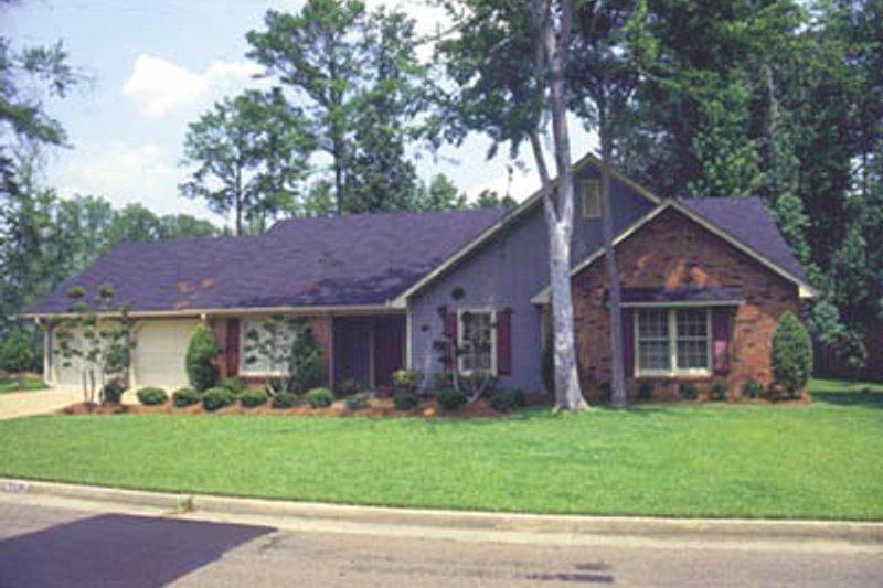 House Design - Ranch Exterior - Front Elevation Plan #36-170