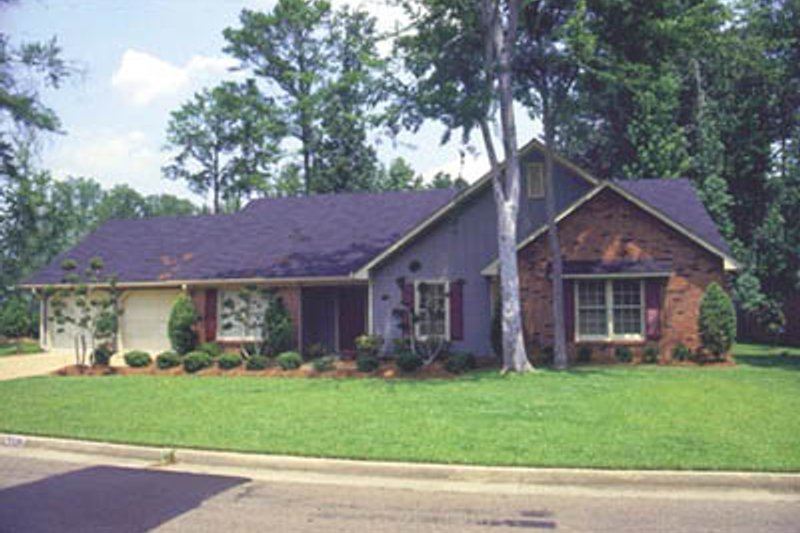 Home Plan - Ranch Exterior - Front Elevation Plan #36-170