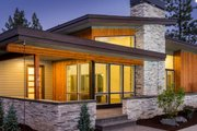 Modern Style House Plan - 3 Beds 2.5 Baths 2235 Sq/Ft Plan #895-101 Exterior - Front Elevation