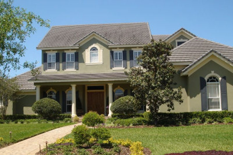 Traditional Style House Plan - 5 Beds 5 Baths 5748 Sq/Ft Plan #135-198 Exterior - Front Elevation