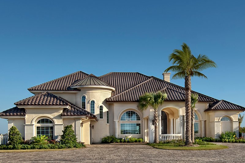 Mediterranean Style House Plan - 5 Beds 6 Baths 6079 Sq/Ft Plan #930-442 Exterior - Front Elevation