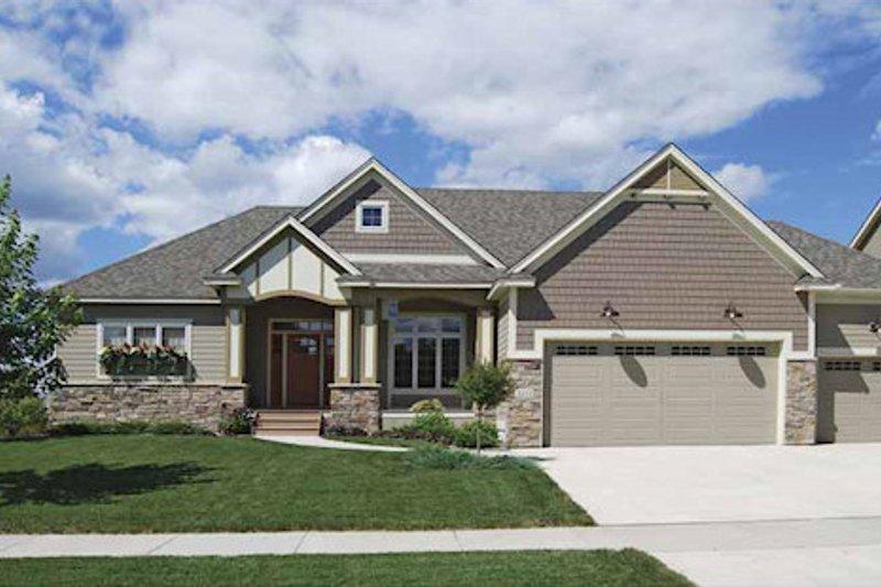 Craftsman Exterior - Front Elevation Plan #320-497