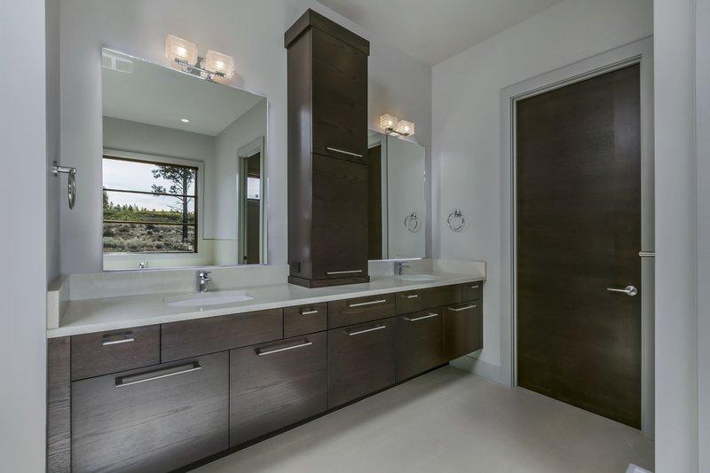 Modern Interior - Bathroom Plan #892-17 - Houseplans.com