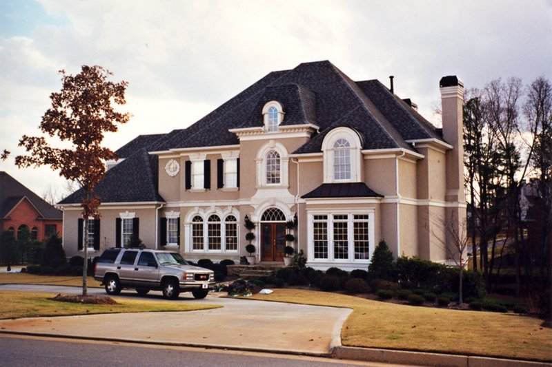 Traditional Style House Plan - 4 Beds 4.5 Baths 4156 Sq/Ft Plan #30-346 Exterior - Front Elevation