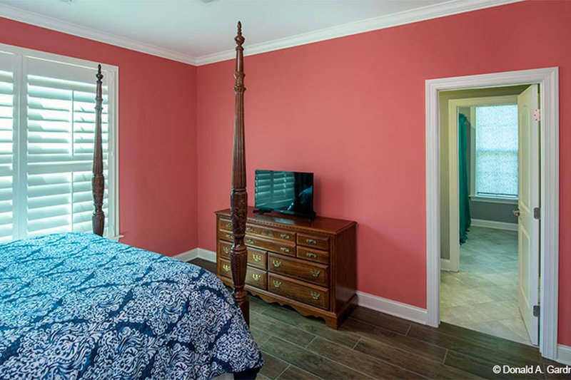 Craftsman Interior - Bedroom Plan #929-7 - Houseplans.com