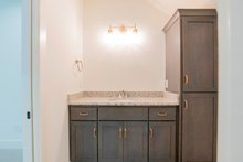 Cottage Interior - Bathroom Plan #430-117