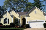 Traditional Style House Plan - 3 Beds 2 Baths 1383 Sq/Ft Plan #453-63 Photo