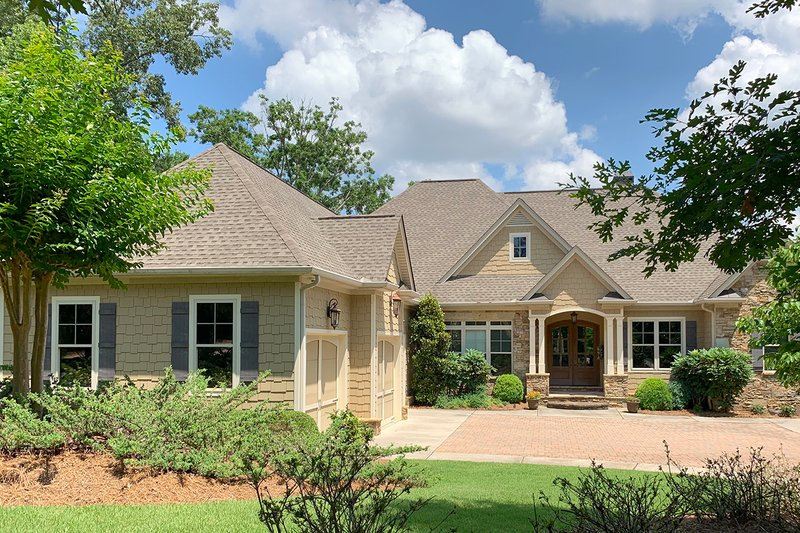 Home Plan - Craftsman Exterior - Front Elevation Plan #437-100